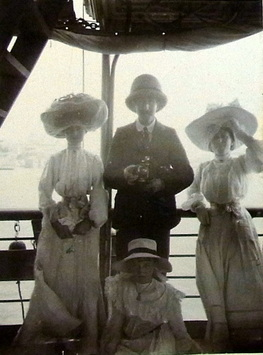 Arthur and his Edwardian travelling companions 1905